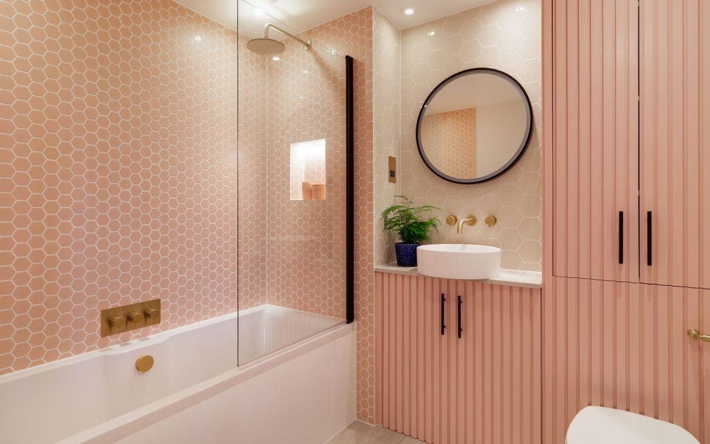 A luxurious pink bathroom