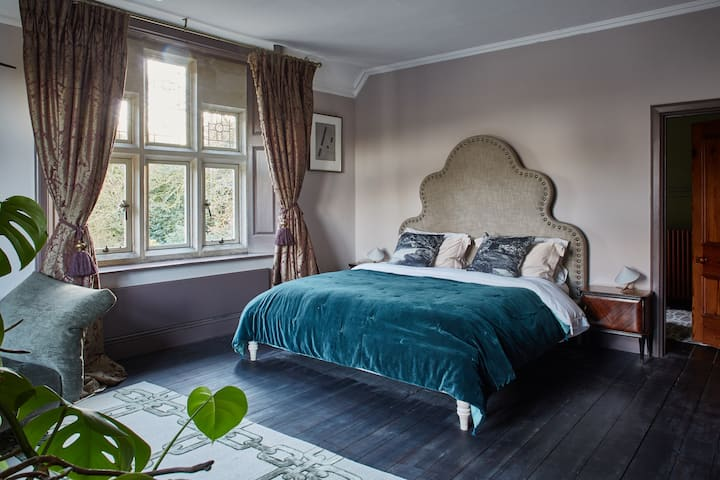 a luxurious bedroom on a Victorian estate