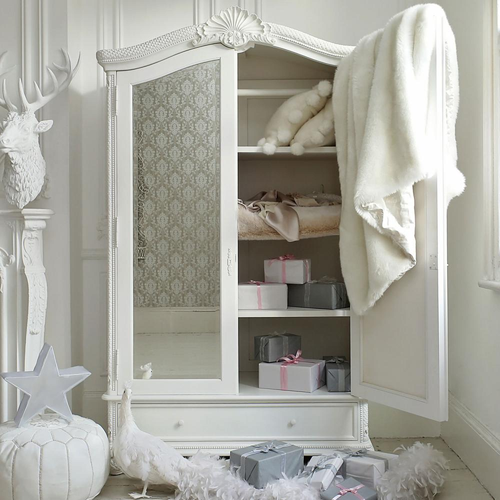 https://www.sweetpeaandwillow.com/media//udu/page_items/capri_mirrored_armoire_capri-armoire-crop-.jpg