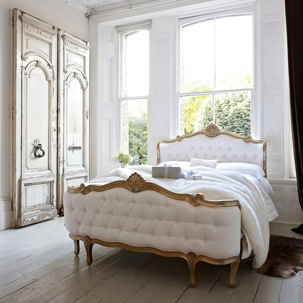 https://www.sweetpeaandwillow.com/media//udu/page_items/champagne_gold_shell_bed_shell_bed.jpg