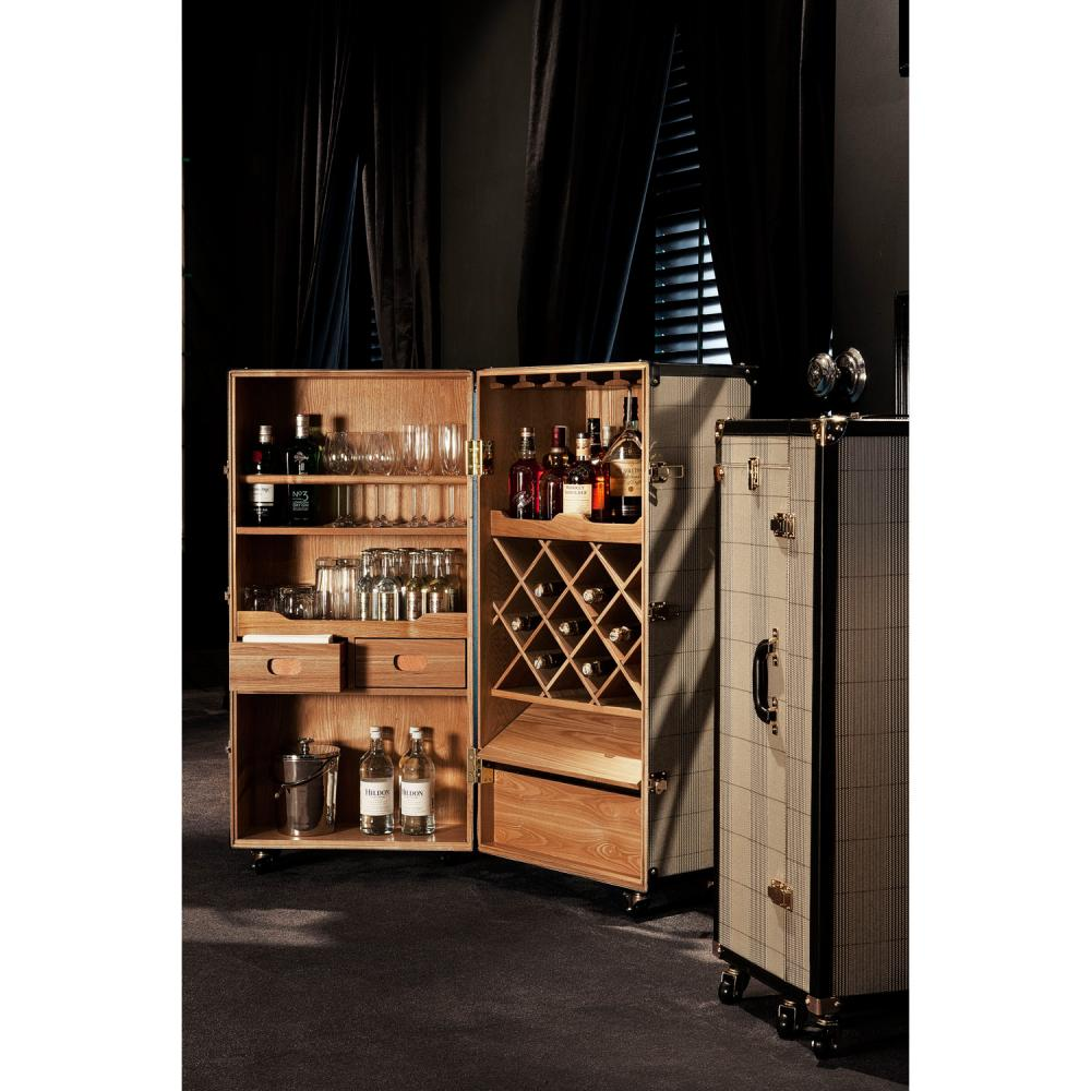 https://www.sweetpeaandwillow.com/media//udu/page_items/wine_cabinet_martini_bianco__ee.jpg